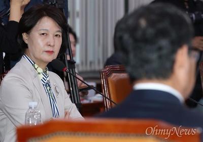 秋美爱出山同意出任韩国法务部长,但是这并不意味着其要参选总统