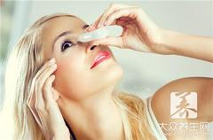 妥布霉素滴眼液的功效:治疗沙眼,眼部肿胀