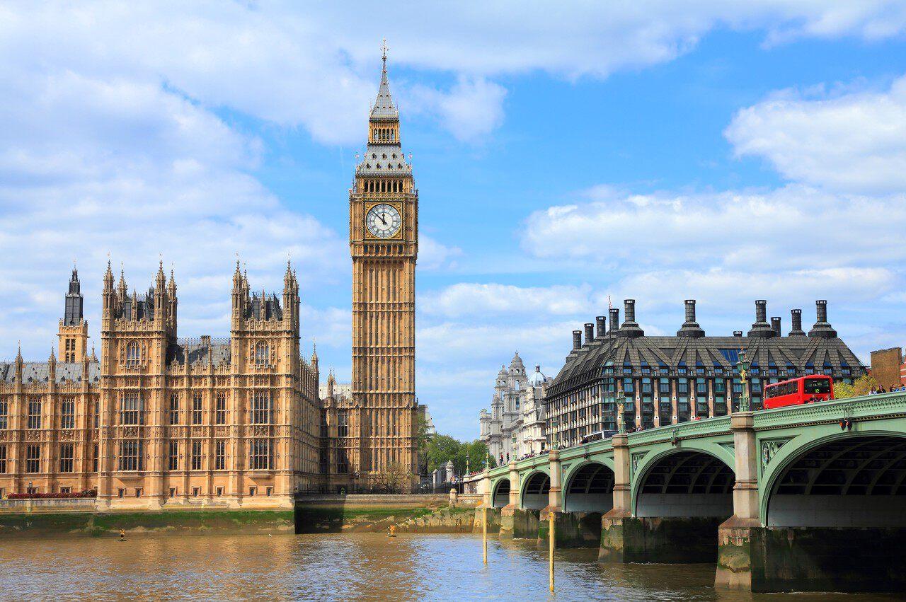 出口民调显示保守党大捷 工党恐丢71个席位 英镑飙涨