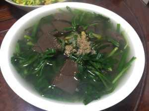 韭菜和此是绝配,8块钱煮一大锅,清除肠道垃圾,冬季干燥要多吃