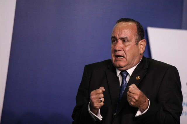 危地马拉新总统刚上任,宣布该国与委内瑞拉断交