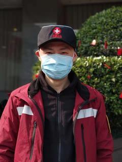 新年第一天 四川省医学科学院·四川省人民医院援鄂医疗队宣誓出征