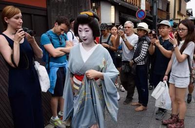 目的何在?日本人加速移居海外,10万之众涌入中国这座城市