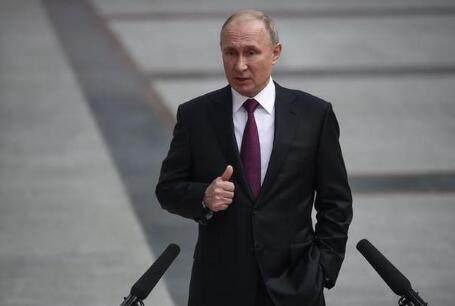 普京当街被问月薪 俄罗斯总统一个月能挣多少钱