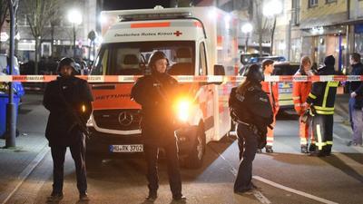 11人死亡,德国又曝惨烈枪击案!疑似新纳粹作案,要消灭移民?