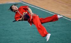 武术中的跳跃动作如何练?了解内容,针对练习,你就是空翻高手
