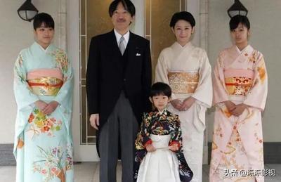 日本的国歌仅有28个字,翻译成中文后,才明白日本人的野心有多大