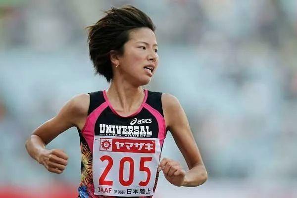 为奥运复出的女子,5000米达标了┆视频