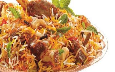 印度国宴为照顾特朗普特意加入鱼肉和羊肉,餐后还有印度槟榔叶嚼