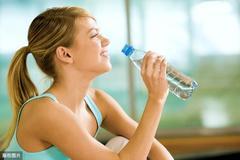 汗液的本质就是水切忌大汗淋漓,清理湿热排汗正常