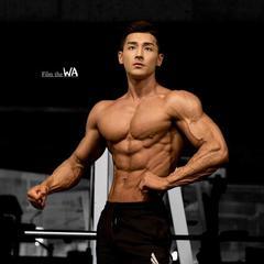 盘点5位韩国肌肉男:身材与颜值并存,随便拉一个就能当老公