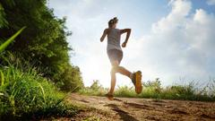 女性为什么容易得膝关节炎?怎么预防膝关节炎才靠谱?