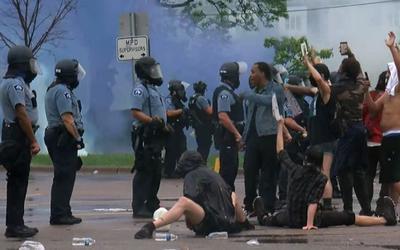 纽约市议会议长要求纽约警方彻查抗议活动中警方暴力事件