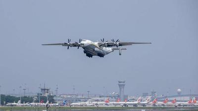 安东诺夫两大巨兽现身,全球最大运输机齐聚中国,如今想卖没人要