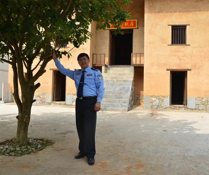 桂警文苑 出狱之后