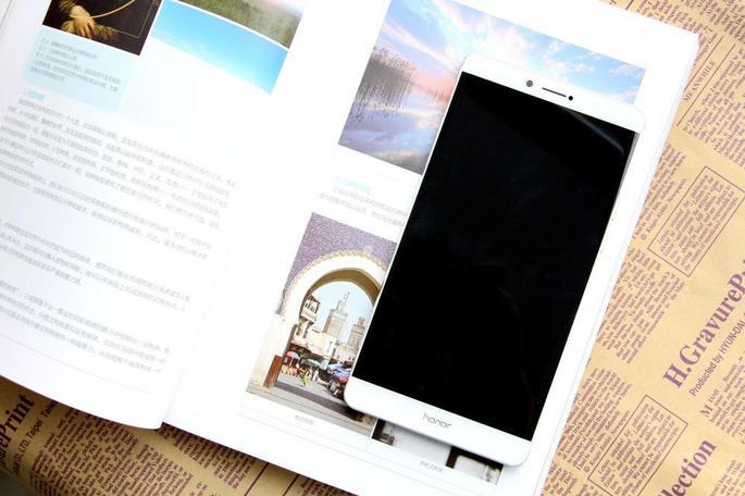 """关于手机屏幕的两大""""错觉"""",你是不是也感受到了?但这不是错觉,是事实!"""