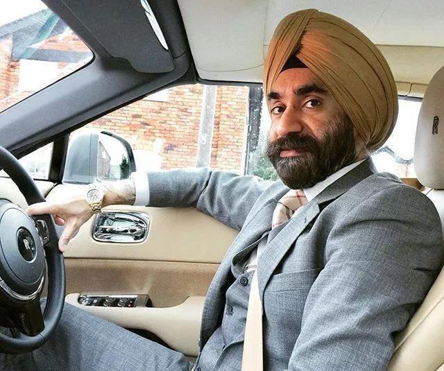 印度土豪,花1亿买7辆劳斯莱斯,却只是为了搭配头巾的颜色!