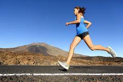 跑步时感觉膝关节不适?这个原因需要引起重视