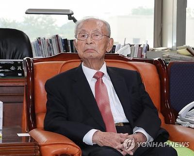 前朝韩停战谈判代表白善烨去世,享年100岁