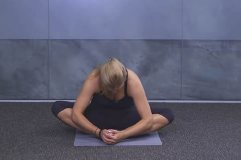 蝴蝶式瑜伽动作详细教程