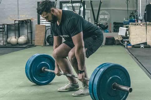 新手腿部训练计划一周版