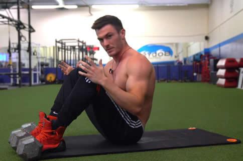 徒手健身计划表一周六练版