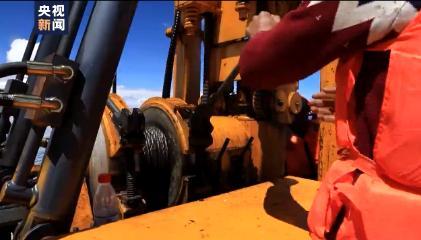第二次青藏科考取得重要进展 首次在高原湖泊近百米水深获取超长岩芯