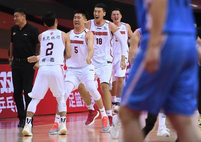 篮球——CBA联赛半决赛:广东东莞银行队胜北京首钢队