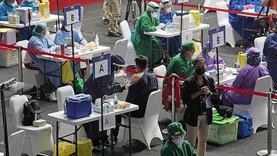 谭德塞建议暂时放弃新冠疫苗知识产权,世卫警告未来可能暴发新的大流行病 | 国际疫情观察(2月27日)